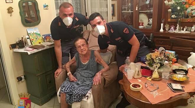 Salerno: la Polizia di Stato soccorre anziana caduta in casa