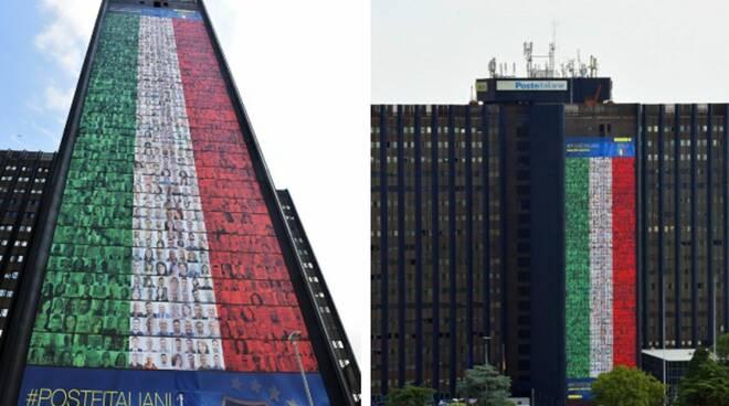 Sede centrale poste: bandiera italiana a sostegno degli azzurri