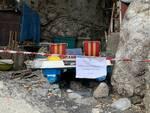Sequestrata maxi-discarica abusiva in una grotta ad Amalfi