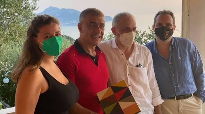 Sorrento. Non solo ambiente: l'incontro con Alfonso Pecoraro Scanio per la valorizzazione dell'intarsio