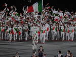 Tokyo 2020, la cerimonia d'apertura: l'Italia è tricolore, Osaka accende il braciere