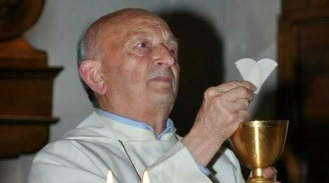 Tragedia a Fisciano: malore fatale per Dona Alfonso, perde la vita davanti alla sua Chiesa