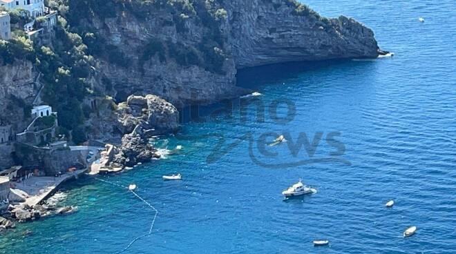 Tragedia a Praiano: donna deceduta in spiaggia dopo un malore