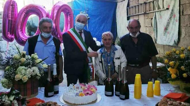Tramonti festeggia i 100 anni di Rosa Aiello