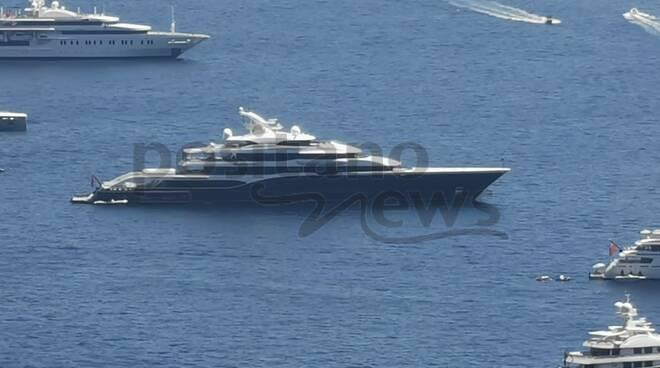 Ancora grandi yacht nelle acque di Positano: Arrivano Atlantis II, Intrepid ed Infinity