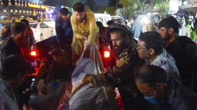 Attacco suicida Afghanistan