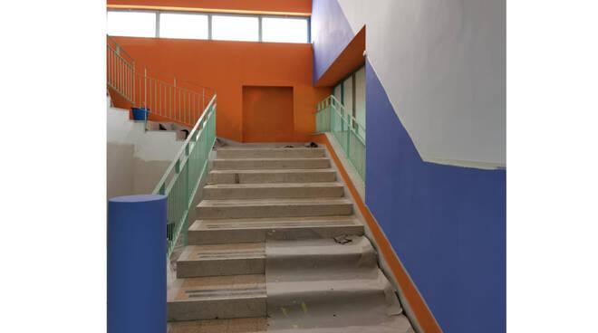 """Capri, proseguono i lavori di riqualificazione e messa in sicurezza della Scuola primaria e per l'infanzia """"IV Novembre"""""""