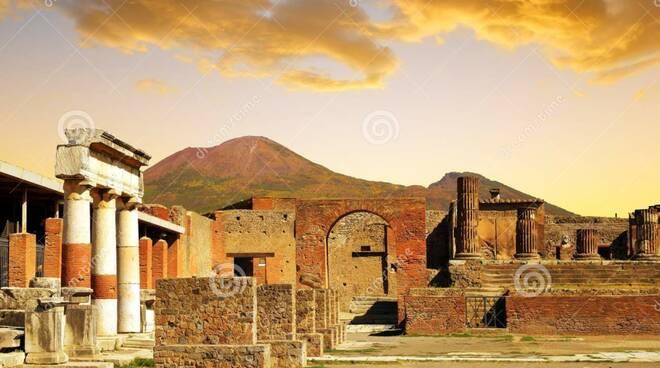 Tour guidato di Pompei al tramonto