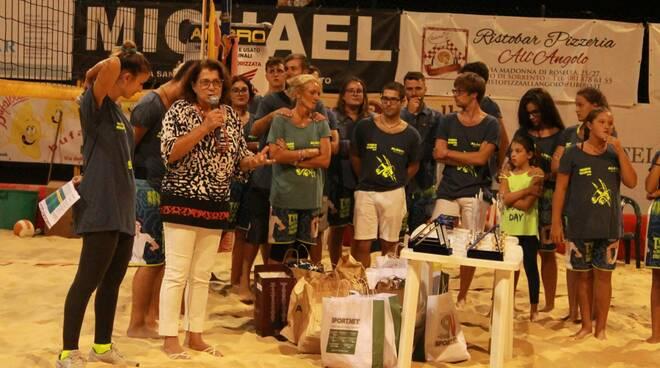 Carmela Cilento con gli Zoccoli Volanti a Piano di Sorrento