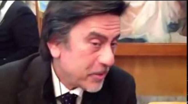 """""""Caro Adamo"""". Lo psicologo Carlo de la Ville sur Illon spiega l'emancipazione della donna"""