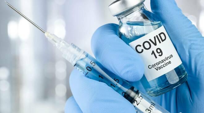 Castellammare di Stabia, venerdì 13 agosto open day vaccinale presso la villa comunale