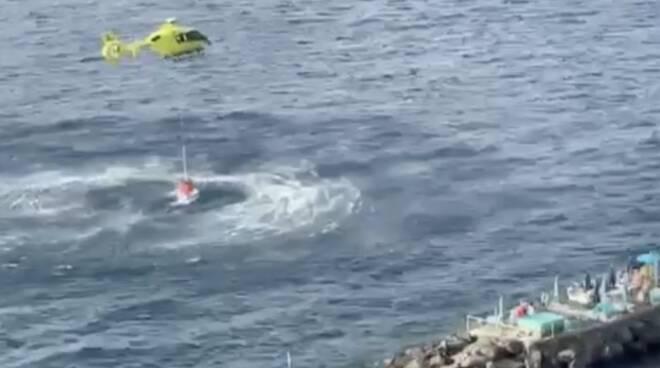 elicottero Massa Lubrense