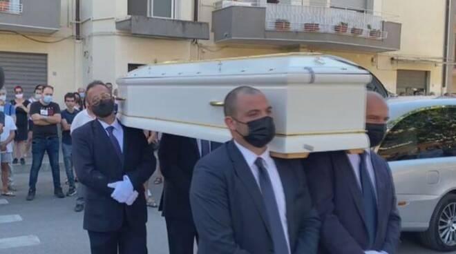 funerali Simona
