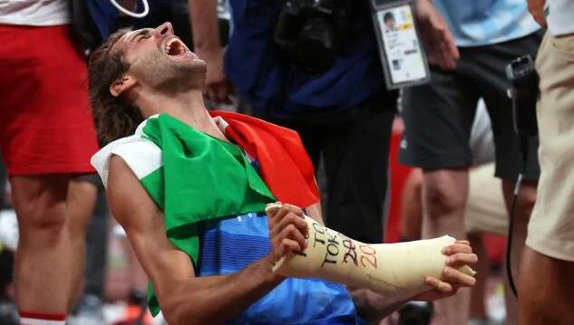Gianmarco Tamberi: chi è il vincitore dell'oro nel salto in alto alle Olimpiadi di Tokyo
