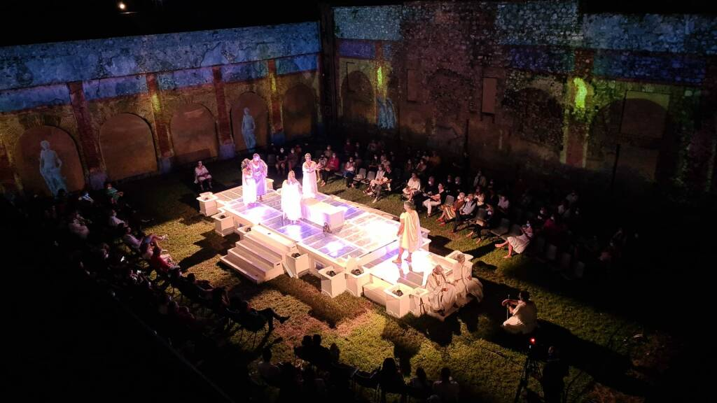 "Gusta Minori. Grande successo per ""Drama De Antiquis - Famtasite 5.0"""