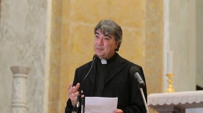 """L'arcivescovo di Napoli Mons. Domenico Battaglia: """"Pronti ad accogliere i profughi dell'Afghanistan"""""""