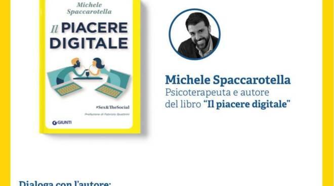 """Libri. A Sorrento la presentazione del libro """"Il piacere digitale"""" di Michele Spaccarotella"""