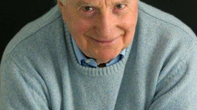 Morto Gianfranco D'angelo, attore, comico e cabarettista. Il ricordo di Ezio Greggio