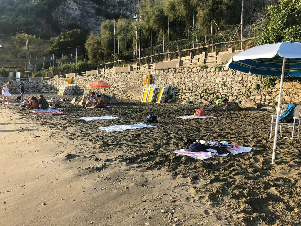 Occupazione spiaggia del fico