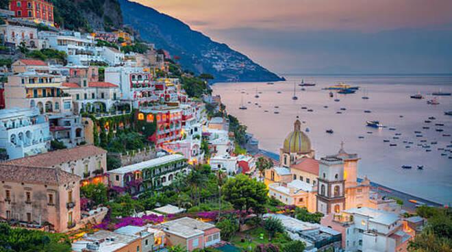 Positano, Sorrento, Capri ed Ischia tra le prime dieci mete più cercate su Google