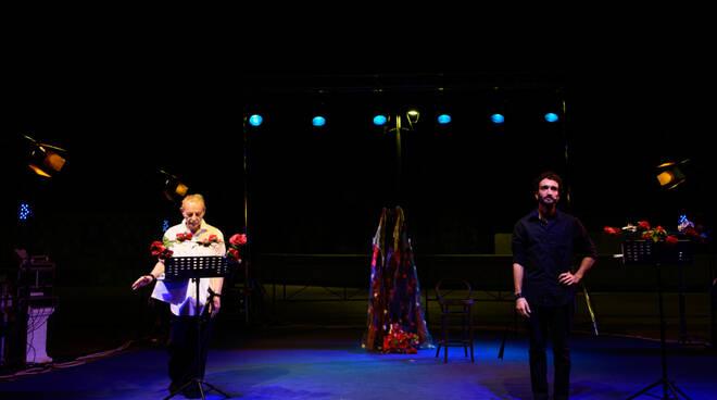 """Positano teatro Festival, grande successo per Enzo Moscato con """"Luparella"""""""