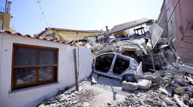 Quarto anniversario del terremoto che sconvolse Ischia. Ancora evidenti le ferite lasciate dal sisma