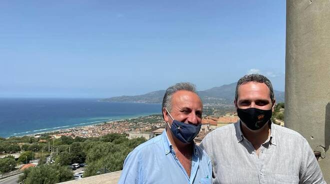 Sorrento, Luigi Di Prisco incontra il sindaco di Ascea ed auspica una sinergia con il comune del Cilento