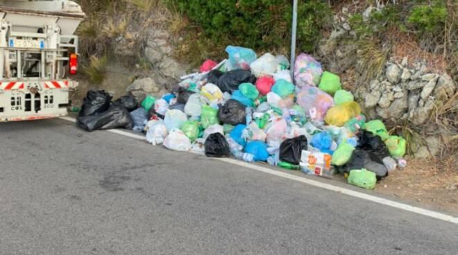 Tordigliano: dopo la denuncia di Positanonews, scatta l'operazione pulizia