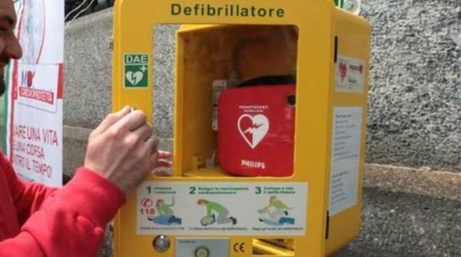 A Vico Equense in arrivo 5 defibrillatori