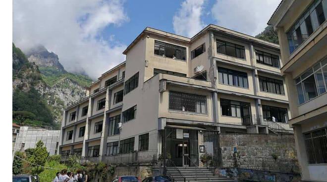 """Amalfi, il professor Vincenzo Falco è il nuovo dirigente scolastico dell'Istituto Superiore """"Marini-Gioia"""""""