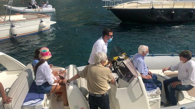 Anche l'imprenditore Bernie Ecclestone si rilassa a Positano