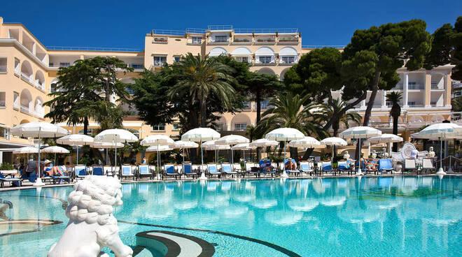 """Capri, l'appello di Silvio Staiano al Grand Hotel Quisisana: """"Prolungare l'apertura fino a fine ottobre"""""""