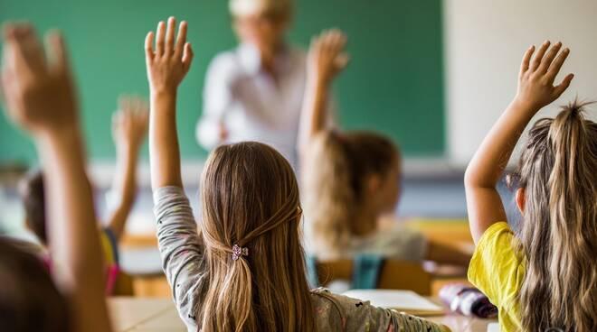 Covid-19, secondo uno studio la scuola sarebbe tra i luoghi più sicuri