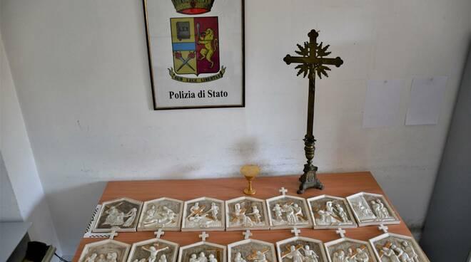 Furto sacrilego nella Chiesa di San Giuseppe di Sarno, recuperati gli oggetti sacri e denunciate tre persone