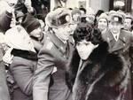 Maradona si fa largo nella Piazza Rossa tra soldati e gente comune