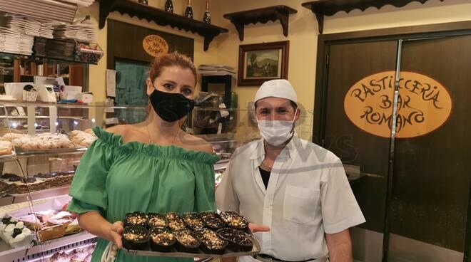 Meta: Metis De Meo dalla Rai al Bar Romano con le melanzane al cioccolato, il dolce della Madonna del Lauro