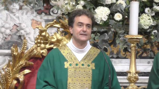 """Piano di Sorrento, Don Pasquale Irolla: """"Dobbiamo prostrarci davanti a Dio come l'Arcangelo San Michele"""""""