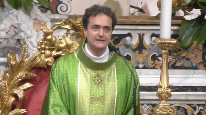"""Piano di Sorrento, Don Pasquale Irolla: """"Impariamo da Maria ad accarezzare la volontà di Dio"""""""