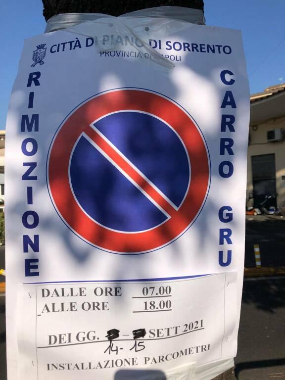 Piano di Sorrento: il 14 e 15 settembre divieto di sosta in piazza della Repubblica per l'installazione dei parcometri