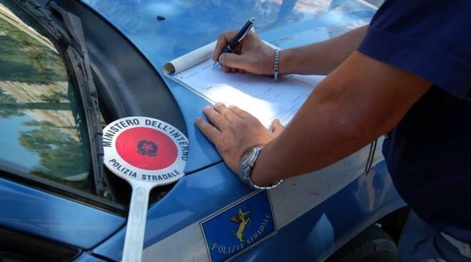 Polizia Stradale Salerno arresta un pericoloso latitante