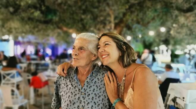 Positano, auguri a Giuseppina Mandara per i suoi 50 anni!