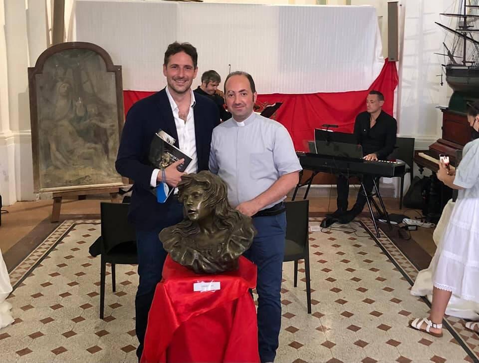 """Positano, inaugurazione della mostra """"L'Arte Divina"""". Il sindaco Guida: """"Importante che i giovani si accostino all'arte"""""""