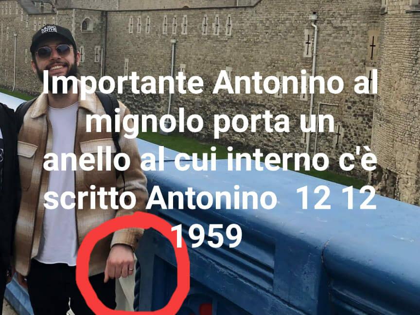 Positano: si cerca ancora Antonino, il dettaglio dell'anello