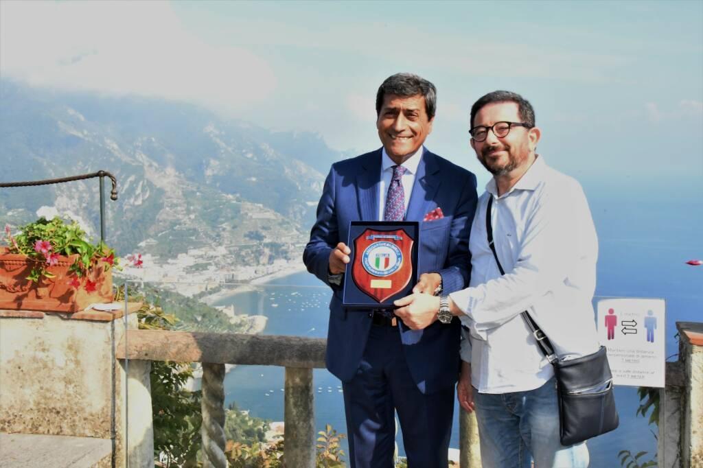 Ravello, le medaglie d'oro olimpiche Federica Cesarini e Valentina Rodini in visita a Villa Rufolo