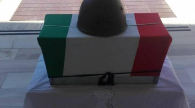Riposeranno nel cimitero di Minori i resti dell'eroe di guerra Artigliere Luigi Colasanzio
