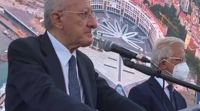 Salerno, Piazza della Libertà e le lacrime di De Luca: «Qui c'è l'essenza della città»