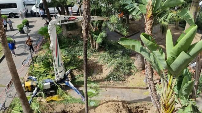 Sant'Agnello: in corso i lavori per la riqualificazione dei giardini di Piazza Matteotti