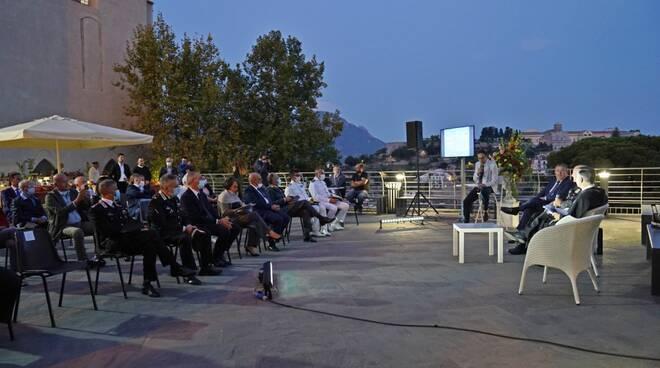 Serata indimenticabile a Scala: il messaggio di pace dalla Costiera Amalfitana