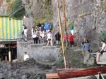 """Sorrento: grande successo per la """"Passeggiata nel blu"""" da Capo Cervo ai Ninfei di epoca romana"""