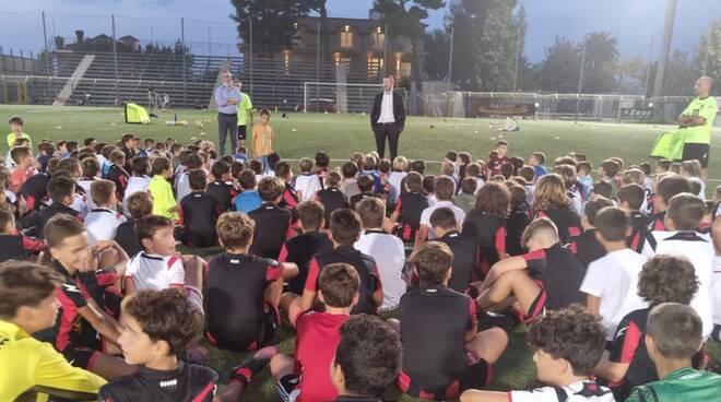 Sport. Il sindaco Coppola incontra i giovani atleti della scuola Sorrento Calcio 1945